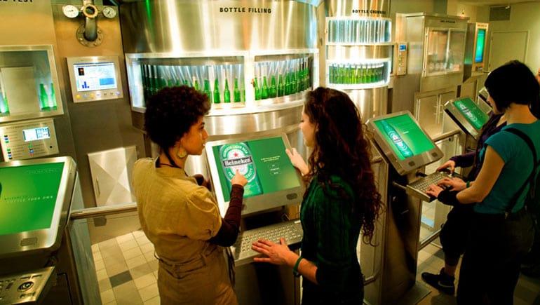 Atração da Heineken Experience em Amsterdã