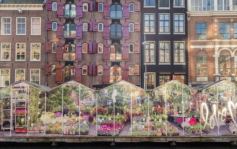 Mercado de Flores no Canal Singel de Amsterdã
