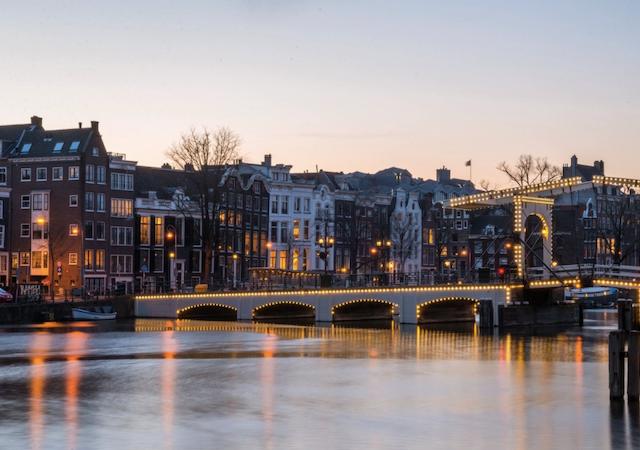 Anoitecer em Amsterdã