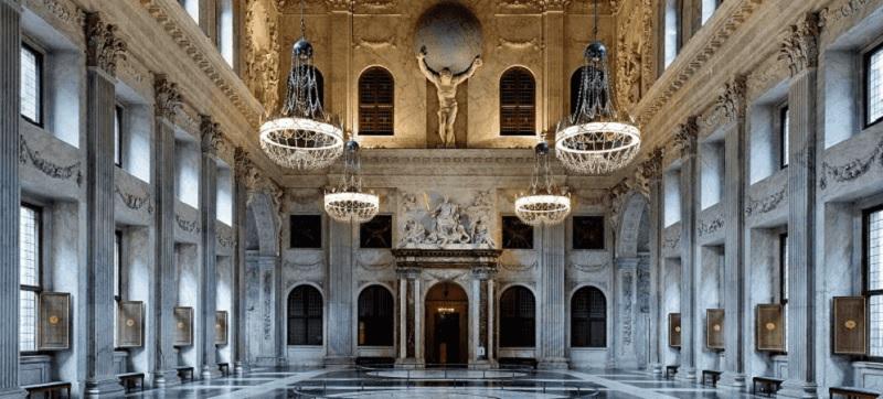 Entrada do Palácio Real de Amsterdã