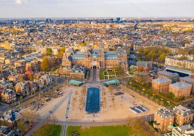 Museumplein em Amsterdã