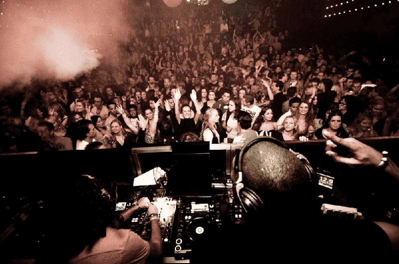 Balada Club Up em Amsterdã