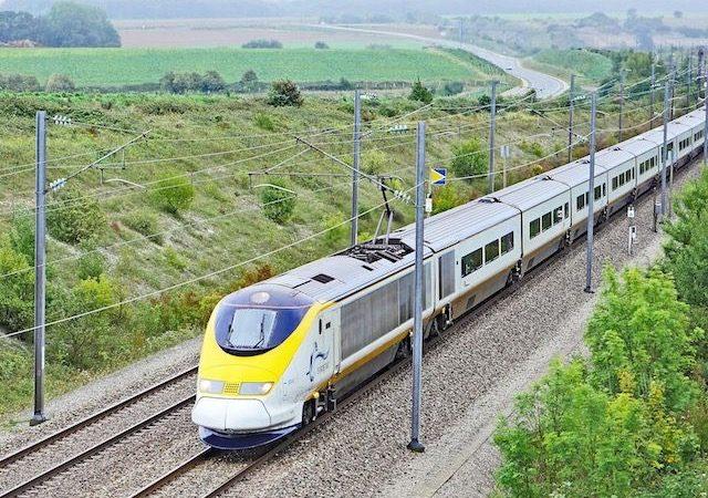Viagem de trem de Amsterdã a Bruxelas