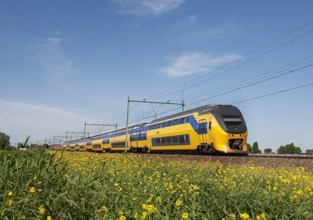 Viagem de trem de Amsterdã a Roterdã