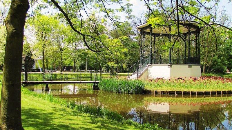 Paisagem do Vondelpark em Amsterdã