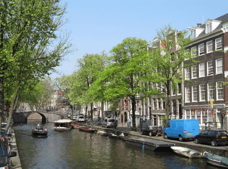 Canal de Amsterdã