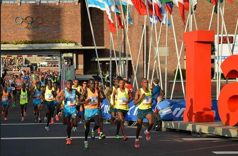 Maratona na cidade de Amsterdã