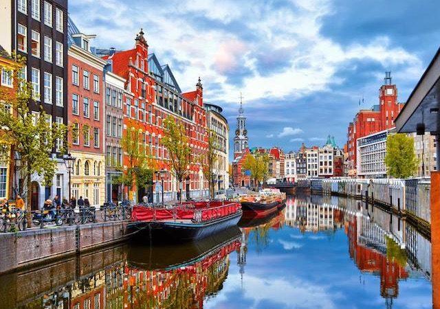 Meses de alta e baixa temporada em Amsterdã