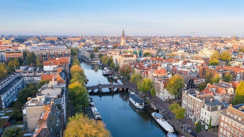Vista de Amsterdã na Holanda