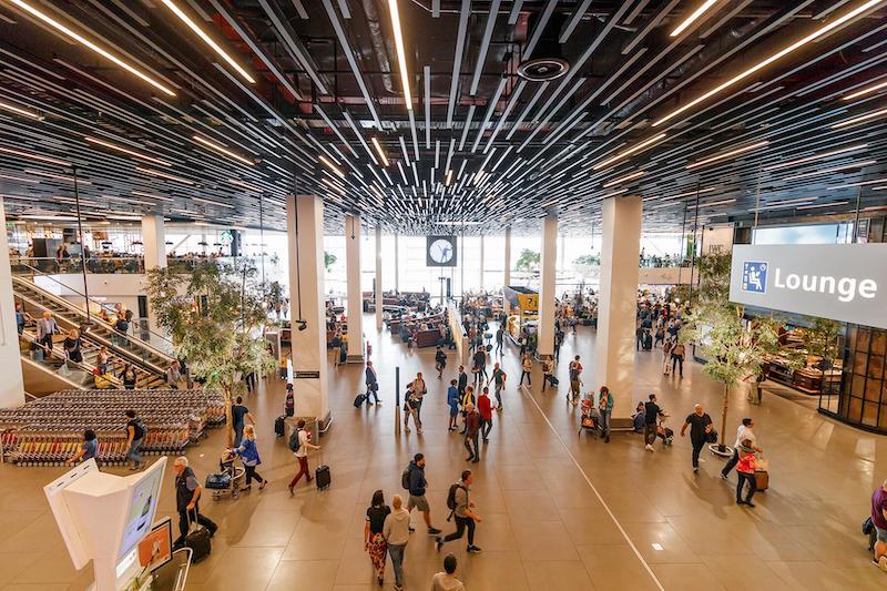 Interior do Aeroporto de Amsterdã