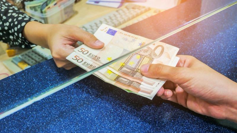 Onde comprar euros mais baratos para Amsterdã