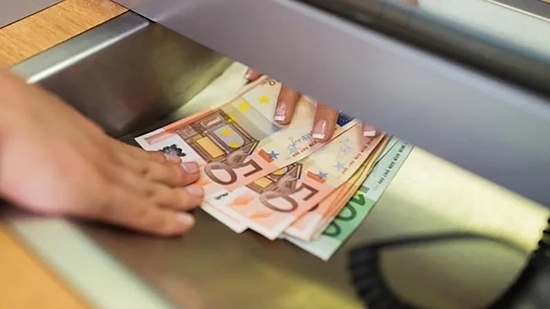Onde comprar euros mais baratos para Roterdã