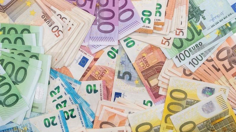 Notas de euros em Amsterdã